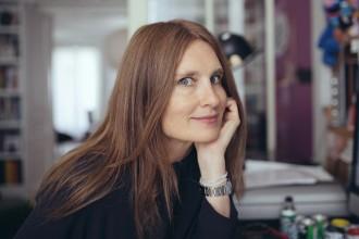 Soledad Bravi, dans son bureau