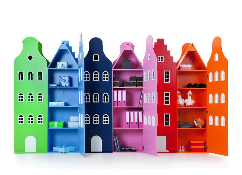 3. Armoire Amsterdam en bois, Kast Van Een Huis, 1050 euros