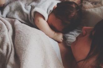 Premières nuits avec bébé à la maison
