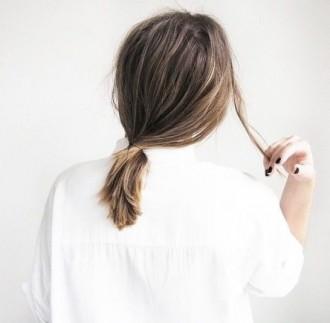 Gérer la chute de cheveux post-grossesse