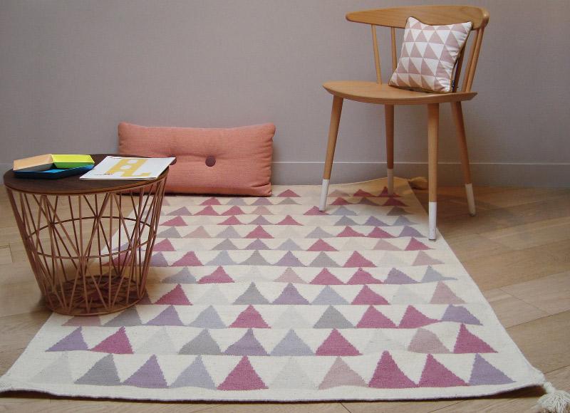 Tapis kilim rose triangles, Art for Kids