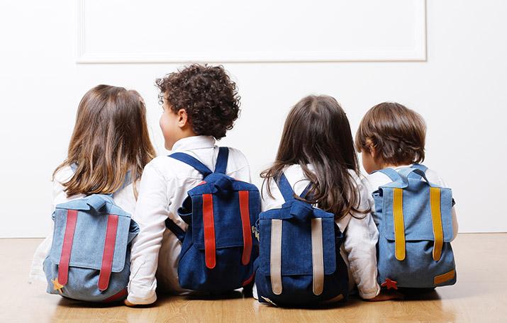 Marquez les affaires de vos enfants pour la rentrée des classes / © RiveDroite