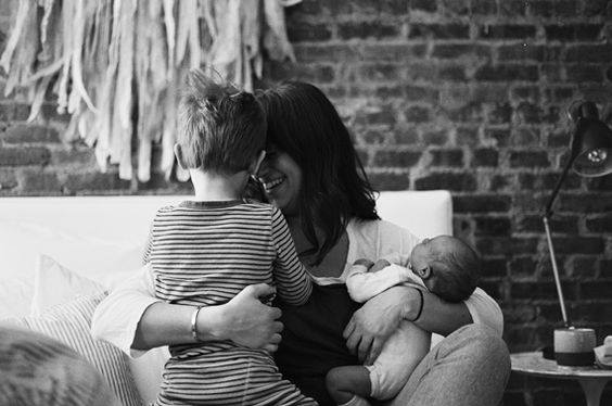 Avoir un deuxième enfant, entre craintes et espérances...