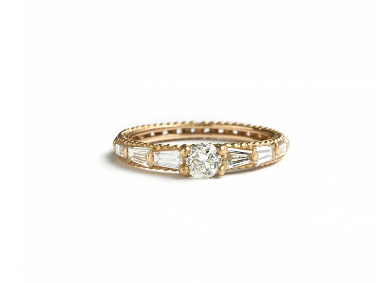 Bague Coco en or 18 carats et diamants baguettes, Polly Wales