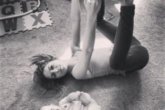 J'ai testé le baby yoga avec mon nouveau-né