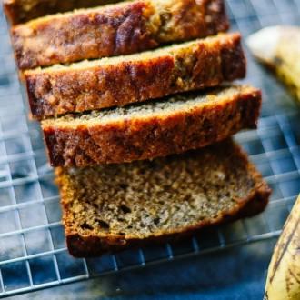 Recette de cake à la banane sans sucre ni beurre