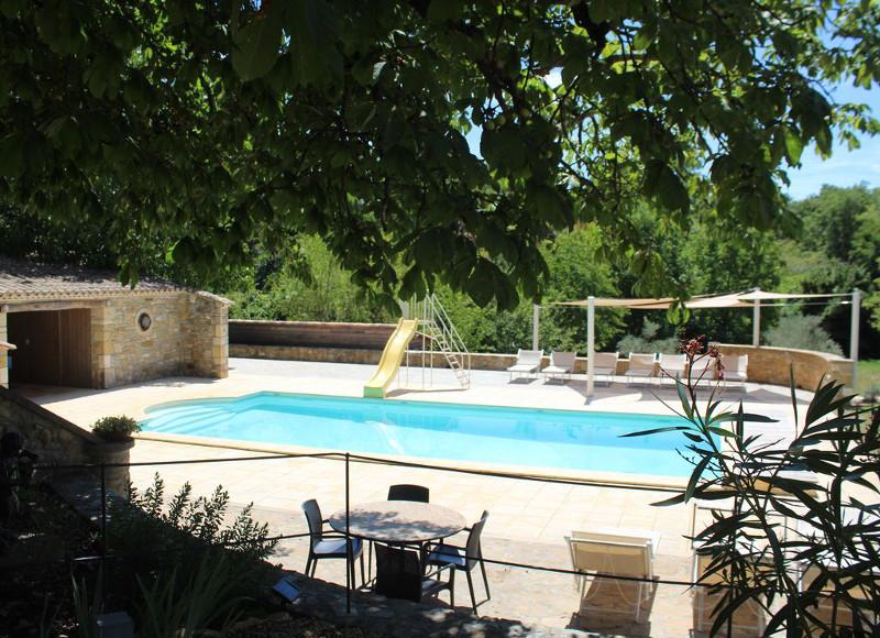 Corse espagne sud 5 maisons louer avec piscine pour for Chalet a louer avec piscine intrieure