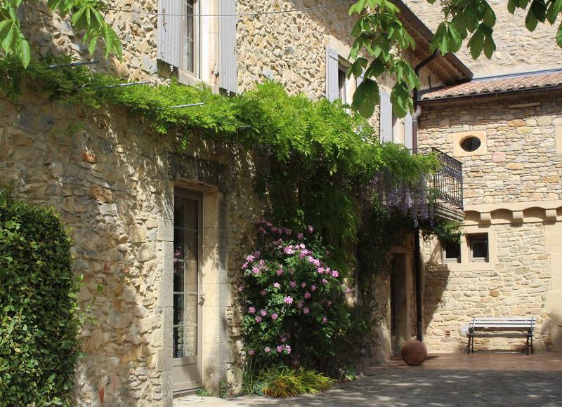 Corse espagne sud 5 maisons louer avec piscine pour for Camping en ardeche avec piscine et toboggan