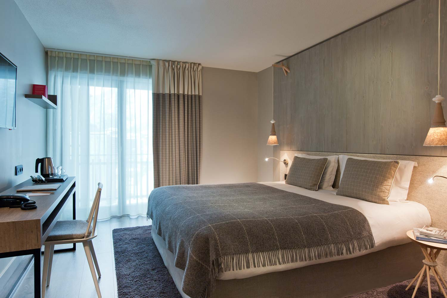 H tel heliopic design confort et volupt chamonix for Chambre d hotel design