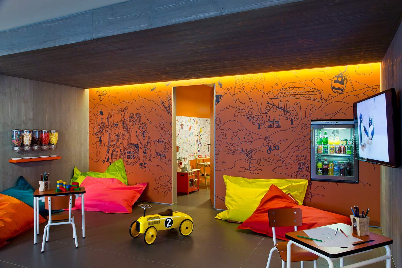 vacances d hiver trois h tels kids friendly pour partir skier en famille les louves. Black Bedroom Furniture Sets. Home Design Ideas