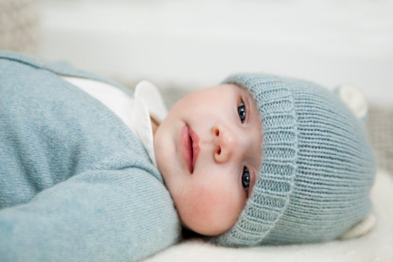 Trousseau de naissance ©Sarah Winborn Photography