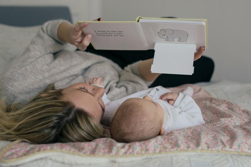 Éveil : comment apprendre à jouer avec son bébé